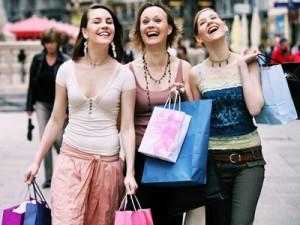 Подготовка к путешествию: как купить одежду со скидками